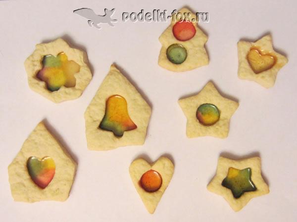 Печенье с леденцовыми окошками